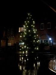 Weihnachtsbaum Ortsmitte 2015-11